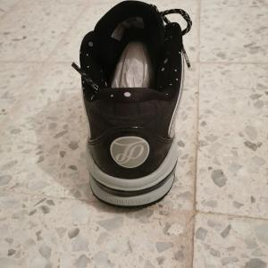 Ariana-mode_et_beaute-Chaussures-Peak-42-(Tony-Parker-lll-Low)